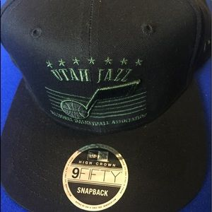 NEW Utah Jazz NBA Adjustable BLACK Flat Cap